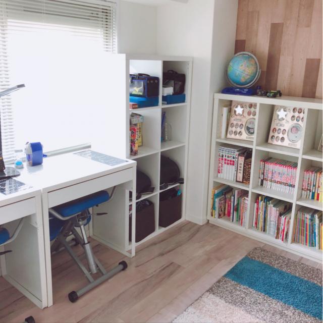 子ども部屋にはこれ!IKEAで人気のおすすめ机たち | RoomClip mag