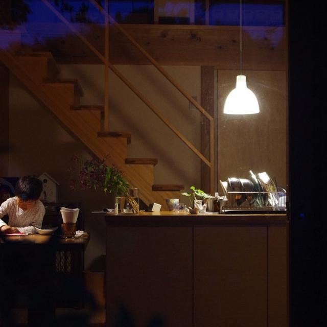 夜はおうちで家族と過ごそう☆夜を楽しむ10のコツ | RoomClip mag | 暮らしとインテリアのwebマガジン