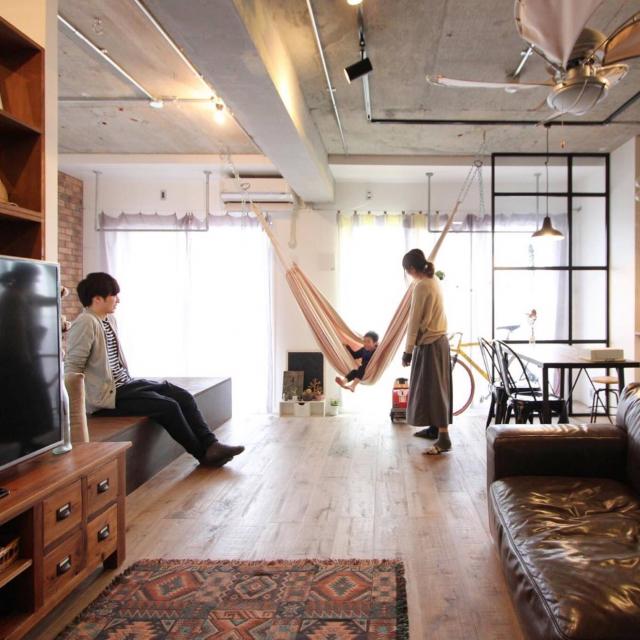 「壁のない開放的なひとつの空間。家族を近くに感じる住まい」 連載:リノベじゃなきゃ、ダメでした。by Asamiさん | RoomClip mag | 暮らしとインテリアのwebマガジン
