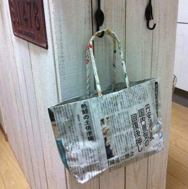 エコバッグで簡単便利!引っかけ収納のススメ | RoomClip mag | 暮らしとインテリアのwebマガジン