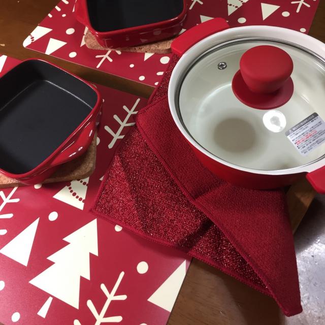ニトリと無印良品で作る、みんなで囲む温かい食卓 | RoomClip mag | 暮らしとインテリアのwebマガジン