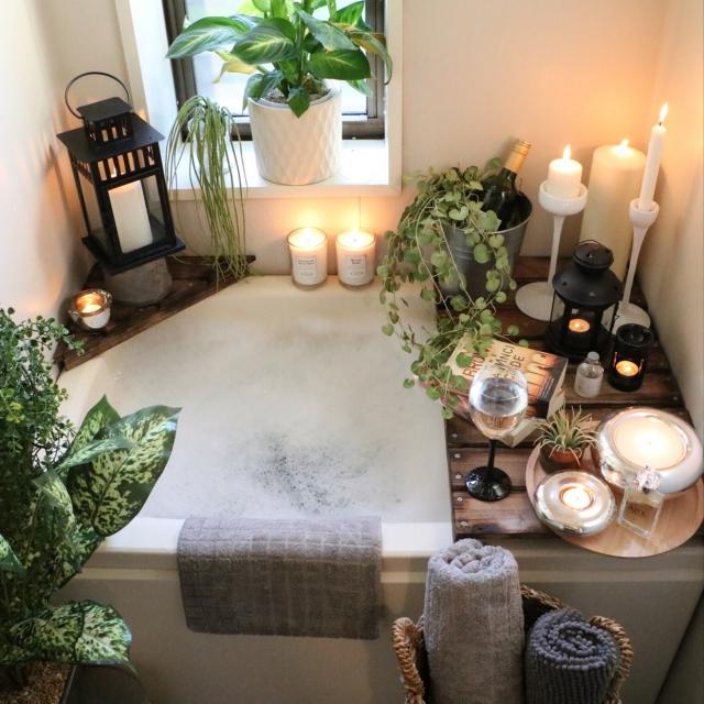 お風呂で一日の疲れを癒したい☆バスルームの工夫 | RoomClip mag | 暮らしとインテリアのwebマガジン