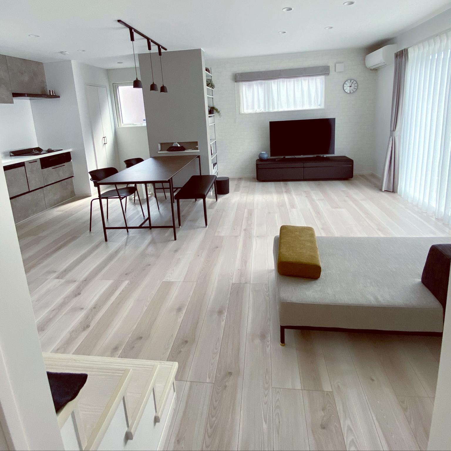 セラミックテーブル/グレーインテリア/掃除しやすい家/広く見せる/ダイニングテーブル...などのインテリア実例 - 2021-04-22 09:05:26