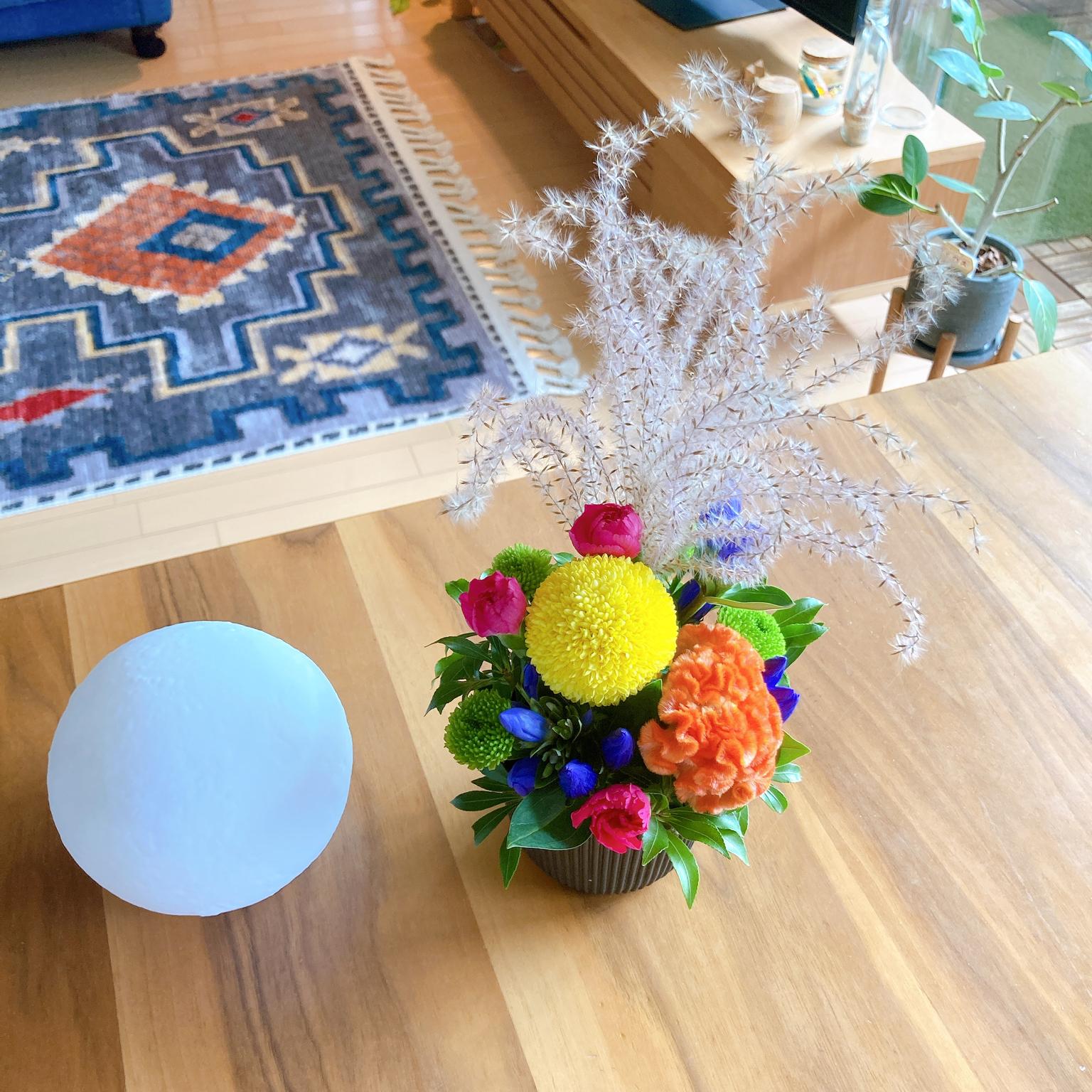 お花アレンジ/月ライト/3COINS/スリコ/茶色インテリア...などのインテリア実例 - 2021-09-21 11:27:12