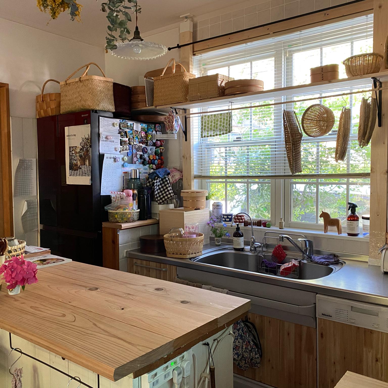 ストウブ鍋/モモナチュラルの家具/観葉植物/照宝せいろ/照明...などのインテリア実例 - 2021-04-22 22:42:53