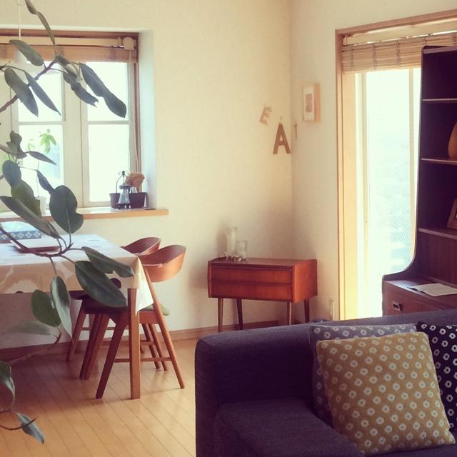 シンプルなヴィンテージ家具を探そう