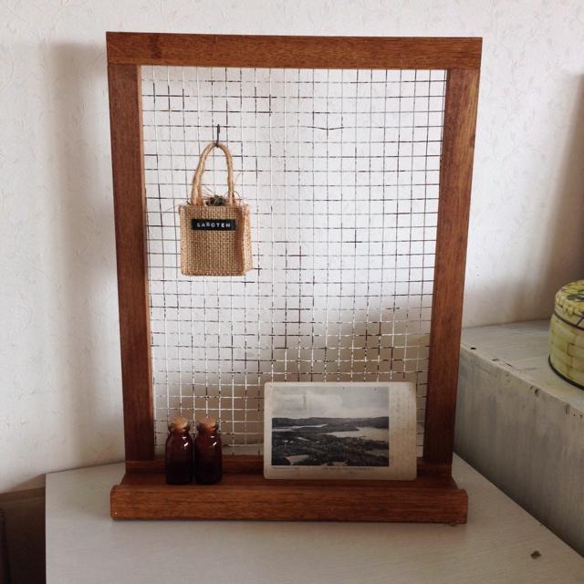バーベキュー網と端材でつくる飾りシェルフ♪ by leonaさん