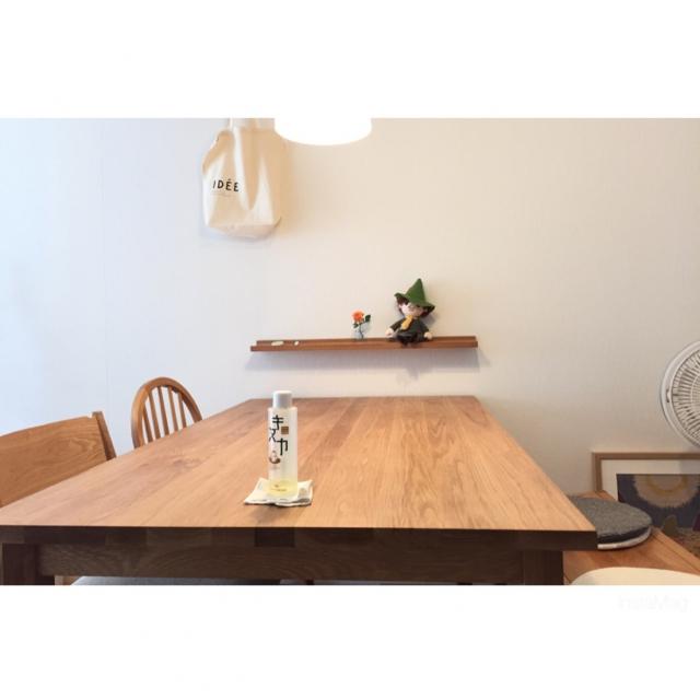 木目の味わいを楽しむ。無印良品のオーク材家具