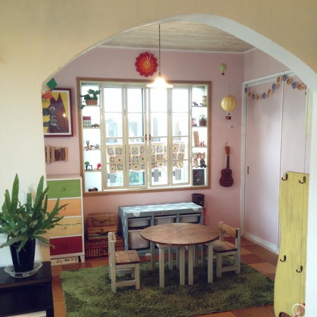 可愛いカラーの子ども部屋