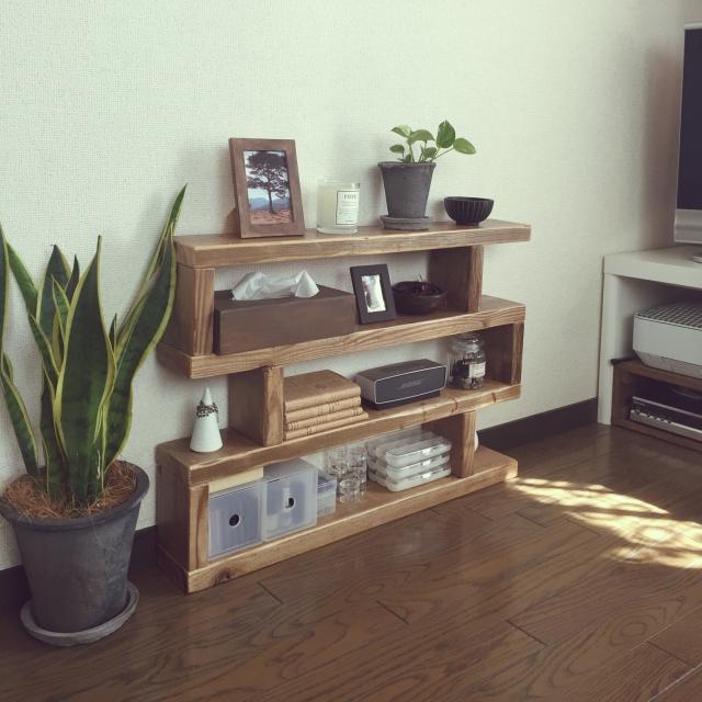 木の板から広がる収納力!板材DIYで、キラリと光る収納アイデア♪