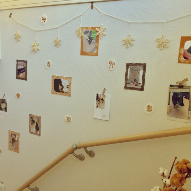 お家がもっと好きになるかも!階段を楽しく飾るアイデア