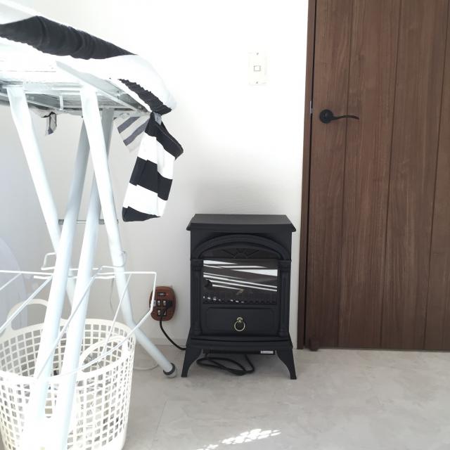 ニトリ 暖炉ヒーター9250円