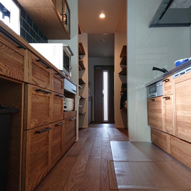 「カップボードが主役!機能も佇まいも充実したキッチン」 by soh-taさん