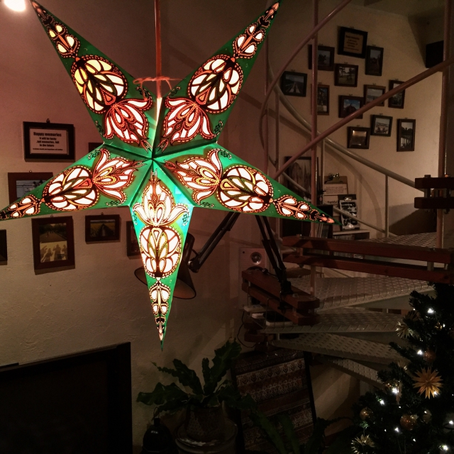 ボヘミアンスタイルで楽しむ、クリスマスディスプレイ