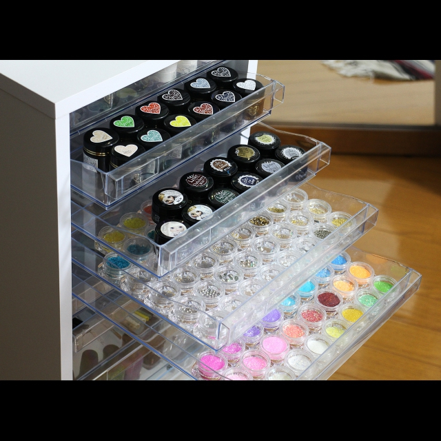 指先もお部屋もきれいに整う♡ネイル用品の収納アイディア