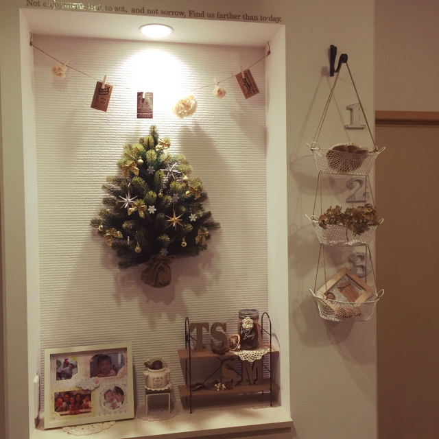 壁掛け式のクリスマスツリー