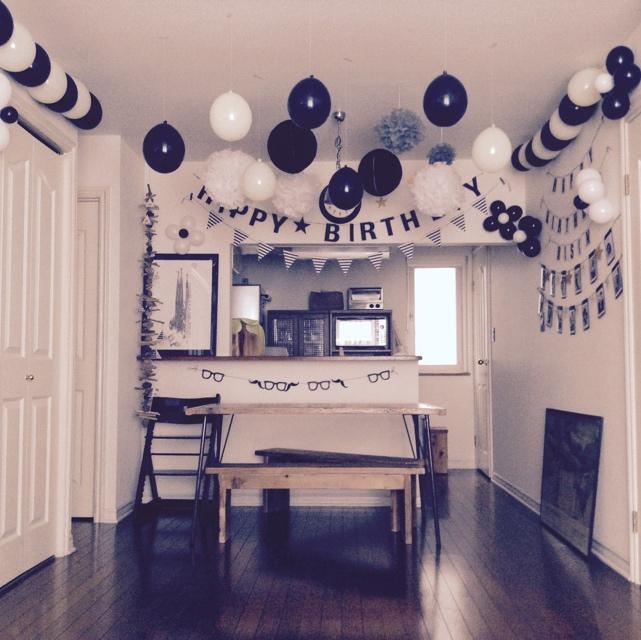 天井を飾ってパーティーを盛り上げる