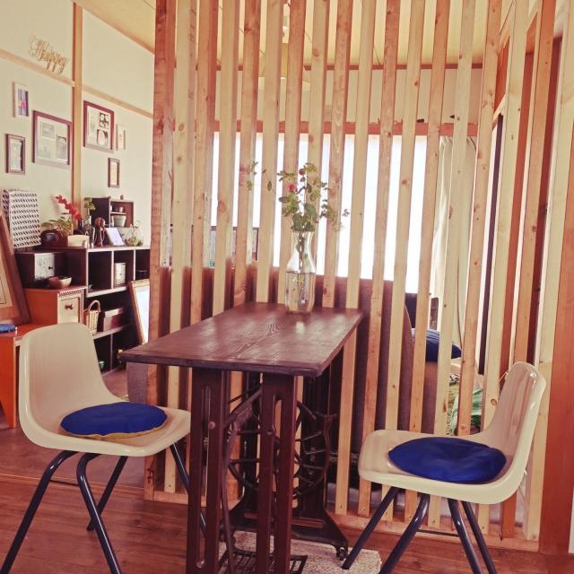 カフェにありそうなオシャレテーブル