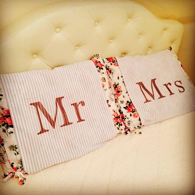「Mr&Mrs」枕カバーをDIY