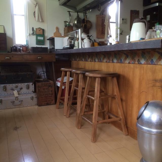 「懐かしい場所を思い出す。古道具満載のレトロモダンな台所」 by kaoさん