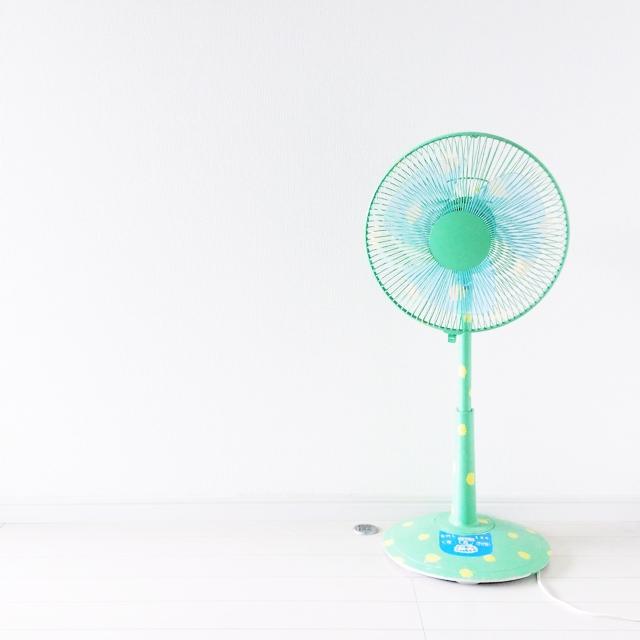 夏は扇風機をおしゃれに変身させてお部屋の主役に!