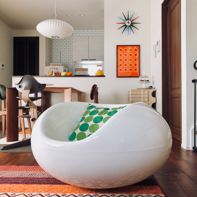 椅子が空間の主役になる♪デザイナーズチェアのある暮らし