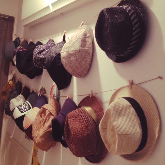 部屋もおしゃれも帽子で楽しむ☆吊るして掛けて見せる収納