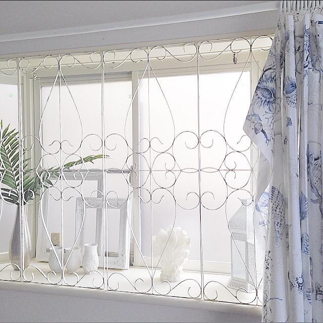 出窓×アイアンフェンス