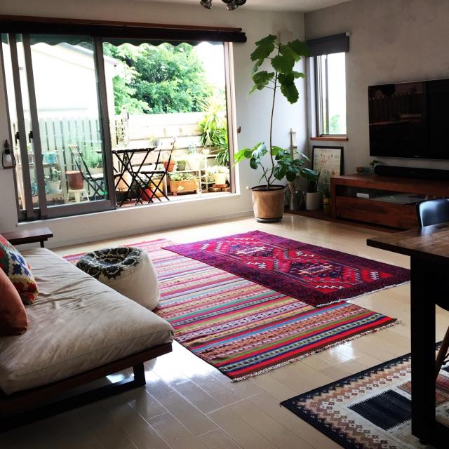 エキゾチックで大人な魅力☆ペルシャ絨毯のあるインテリア