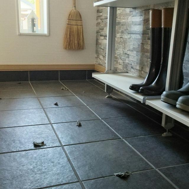 玄関掃除のハードルが下がる♪効果的で簡単お掃除アイデア