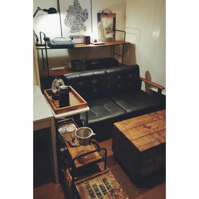 ダークウォルナットの部屋