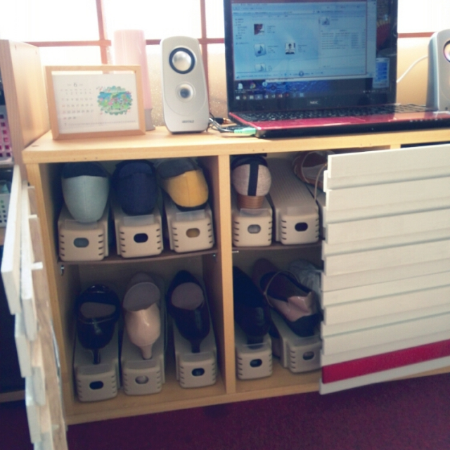 靴専用の収納箱
