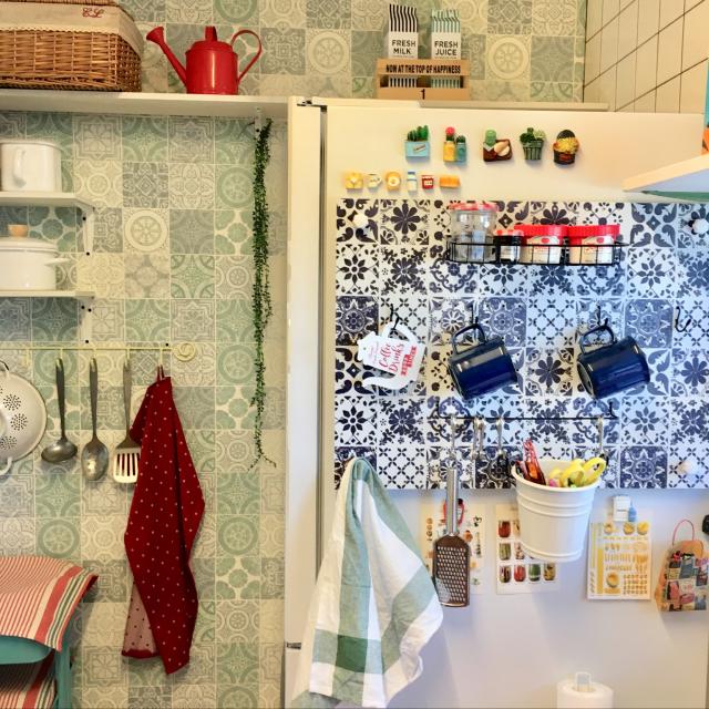 冷蔵庫の横、どうしてる?すぐに取り入れたいアイデア10選