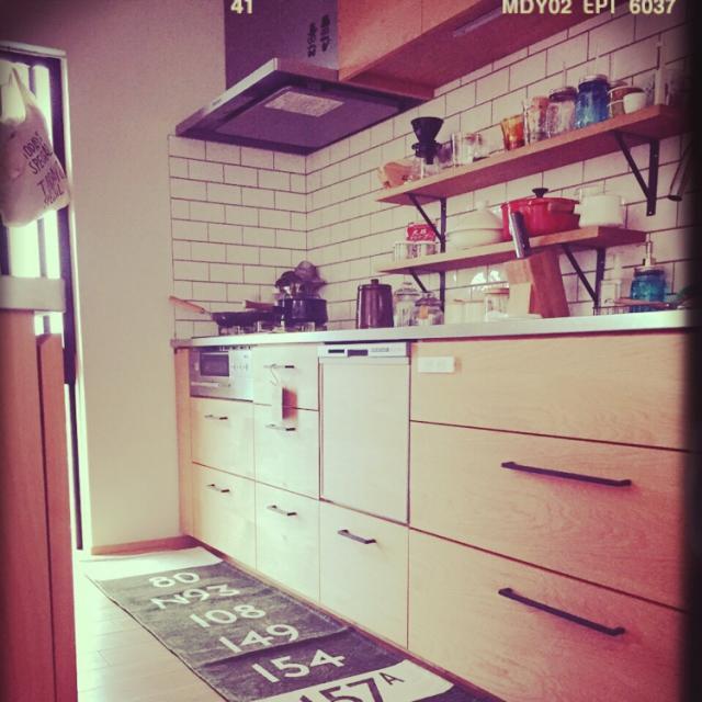 キッチンは足元までこだわりたい!オシャレなキッチンマット特集