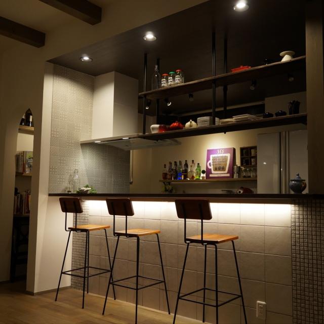 「照明・アートで魅せる本格カフェカウンターキッチン」憧れのキッチン vol.96 watanabeさん