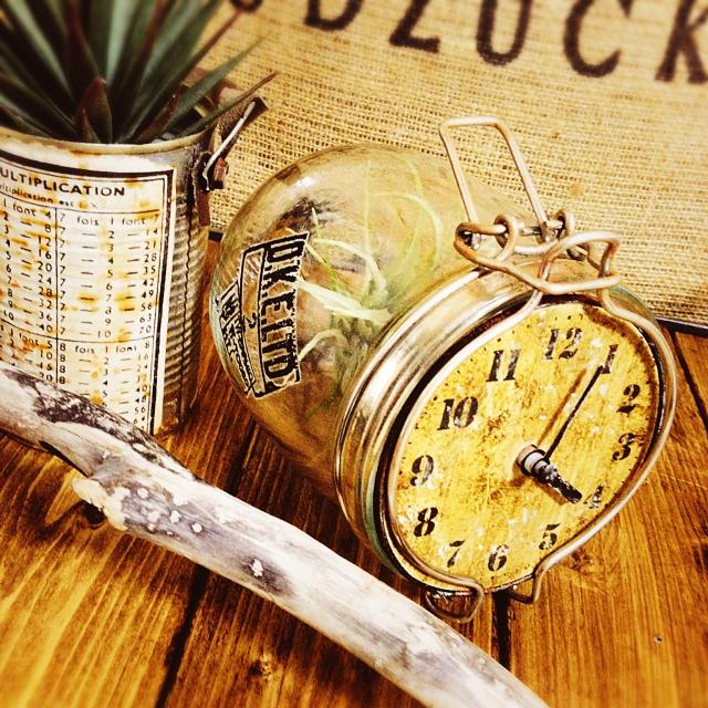 インテリアに合わせたい!時計のリメイク&DIYアイデア