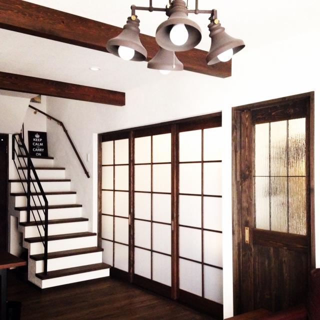 階段と色を合わせて