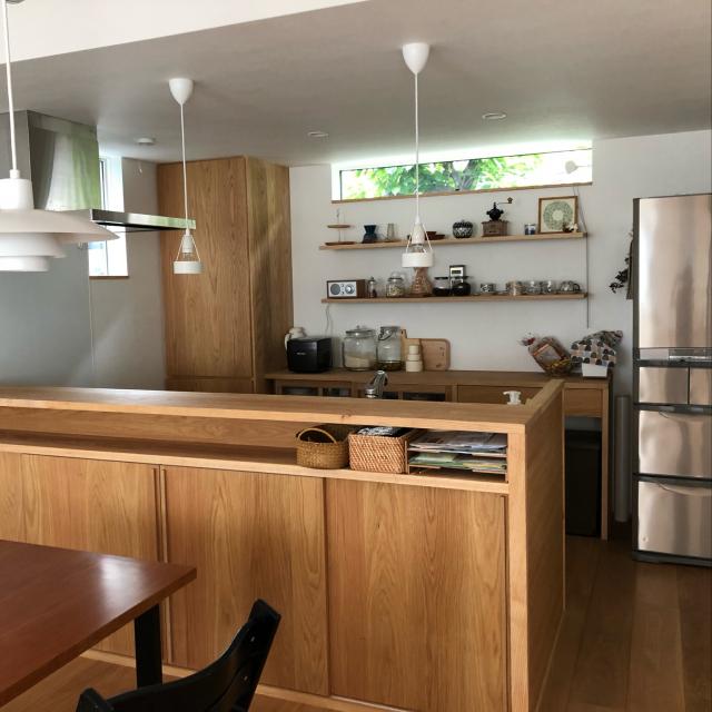 「造作収納で快適をデザインした、シンプルなカフェ風空間」 by mu--さん