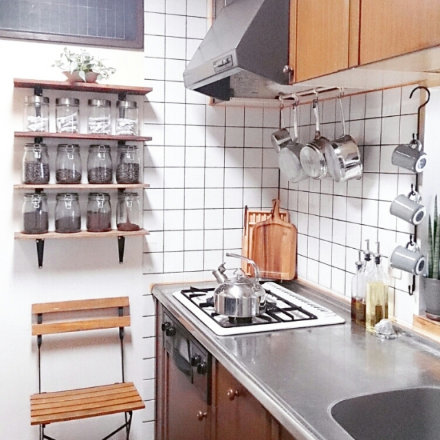 調理器具レストラン風に吊るすアイディア