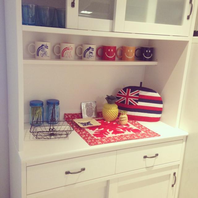 長く愛される食器棚