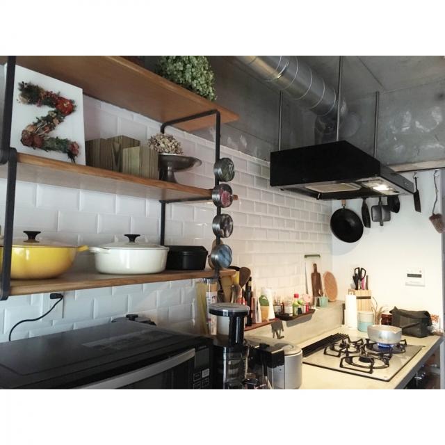食器棚はもたない、見える収納オンリー