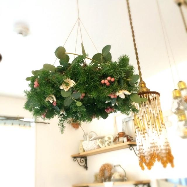 クリスマスカラーのフライングリース