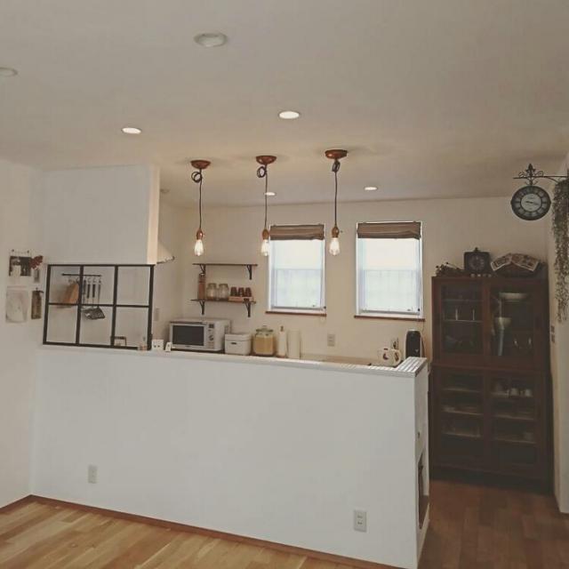 「爽やかな白×あたたかい光に包まれたアンティークカフェ空間」憧れのキッチン vol.80 ru_chanさん