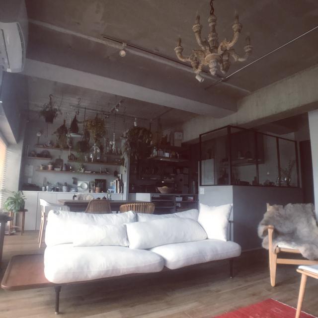 「スケルトン天井が包み込むヴィンテージ空間。リノベで叶えた大好きな家」 by maruさん