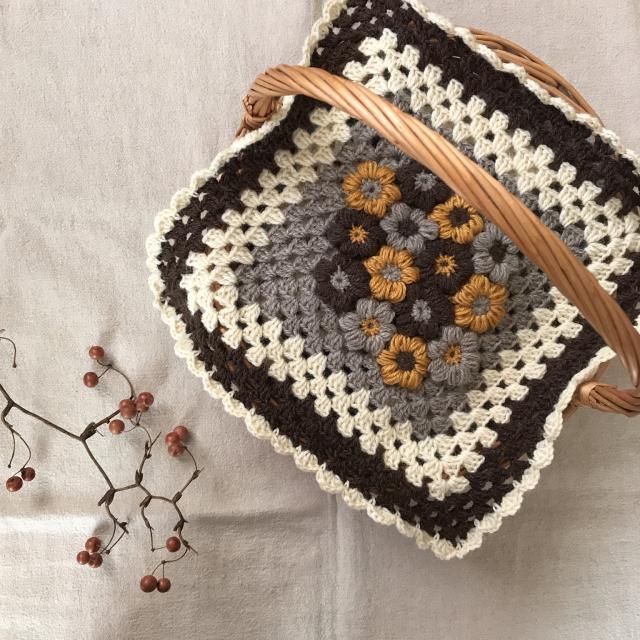 鍵針編みでほっこり彩る♡インテリアに映える手作り小物