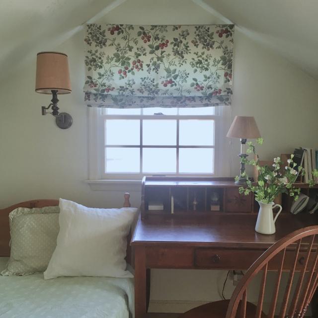 収納だけではもったいない!屋根裏部屋を快適な生活空間に