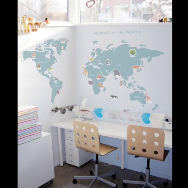 パステルカラーの優しい世界地図!