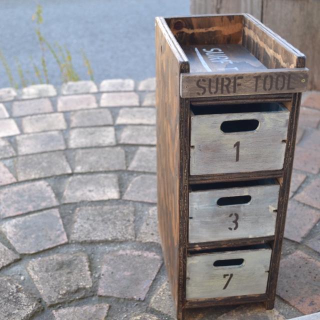 エボニーの小家具