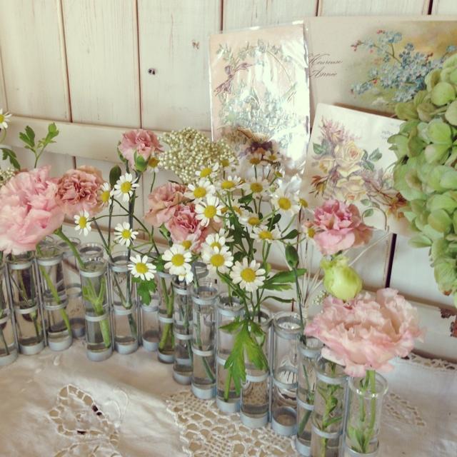 四月の花器×フェミニン