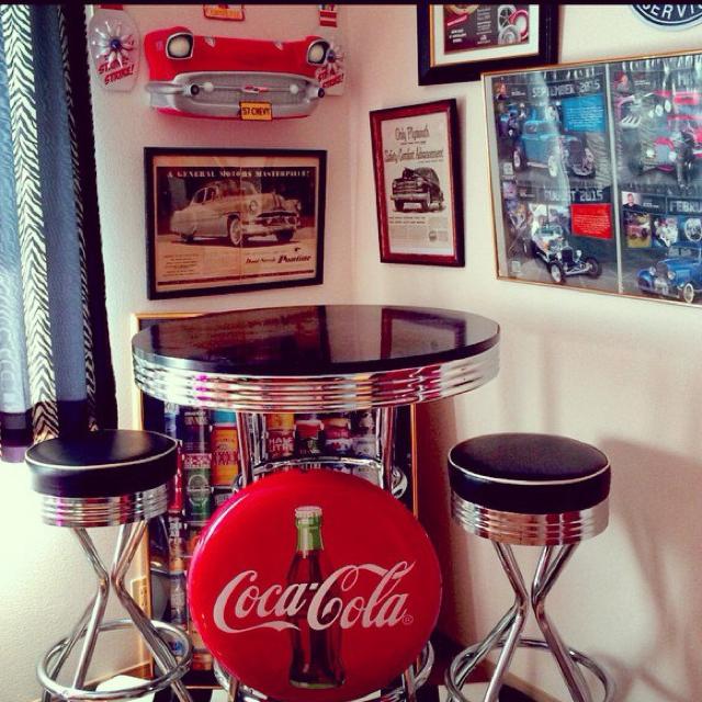 アメリカンポップカルチャーの代表格、コカ・コーラ!